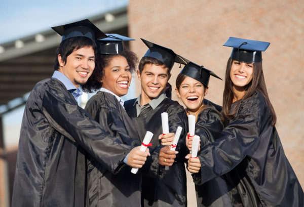 Selecting new college graduates for sales careers